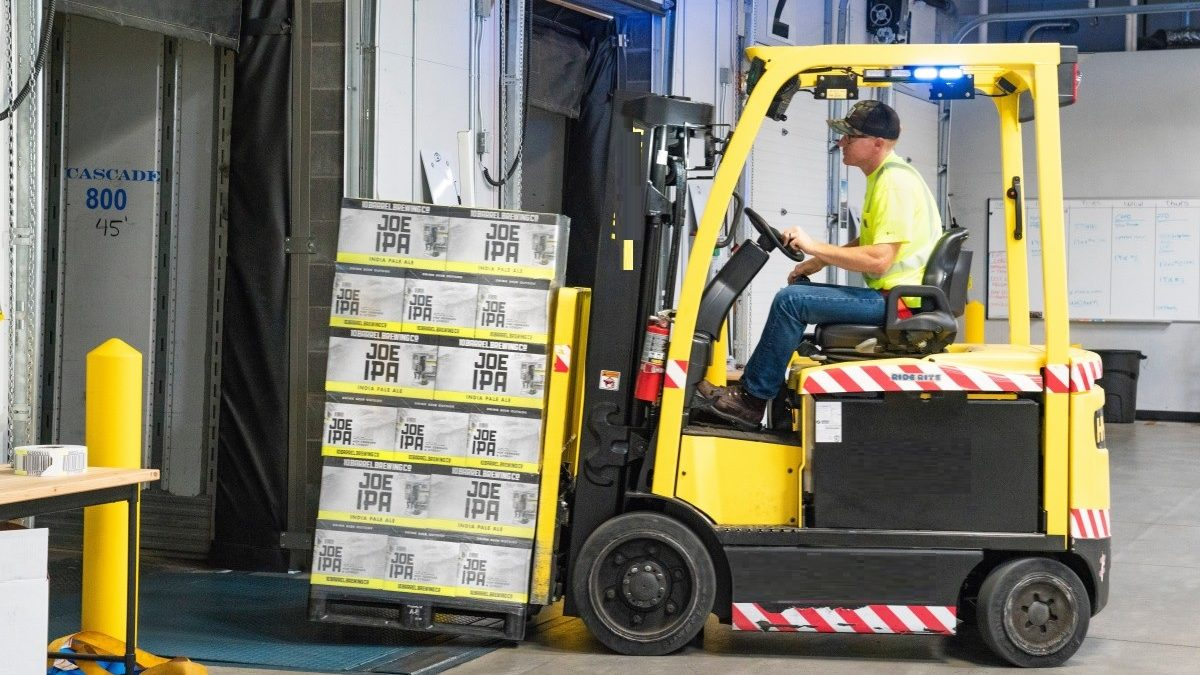 What Makes An Electric Forklift Cost Efficient